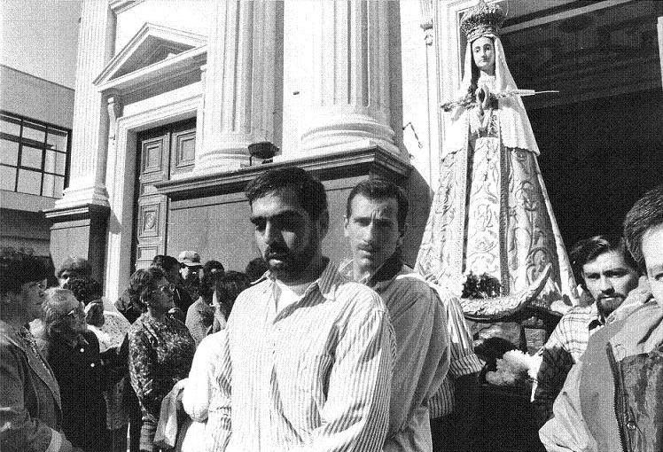 Peregrinación a Luján acompañando a la Virgen
